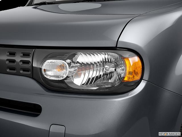 2011 Nissan cube Drivers Side Headlight