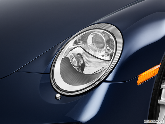 2011 Porsche 911 Drivers Side Headlight