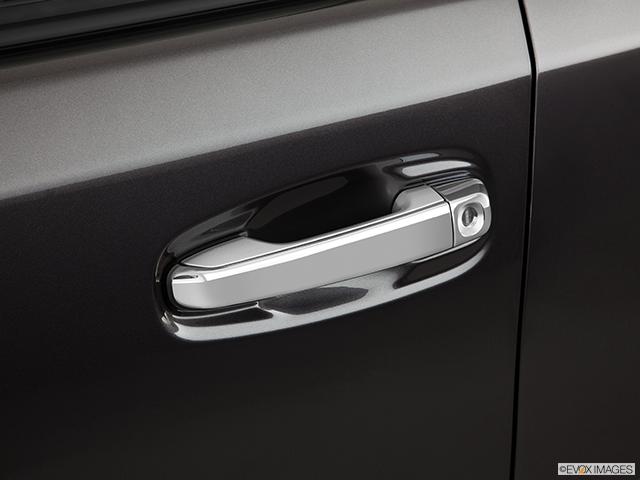 2011 Toyota 4Runner Drivers Side Door handle