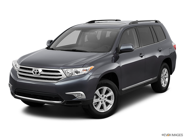 2011 Toyota Highlander Front angle view
