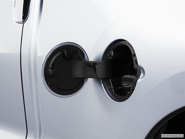 2011 Toyota Tundra Gas cap open