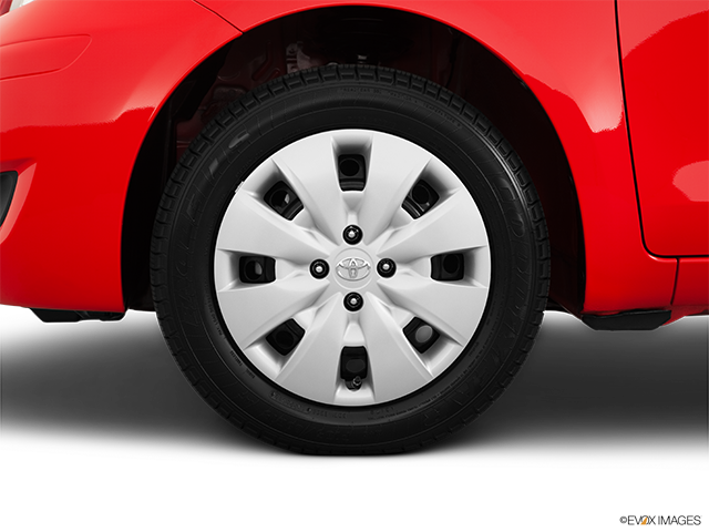 2011 Toyota Yaris Front Drivers side wheel at profile