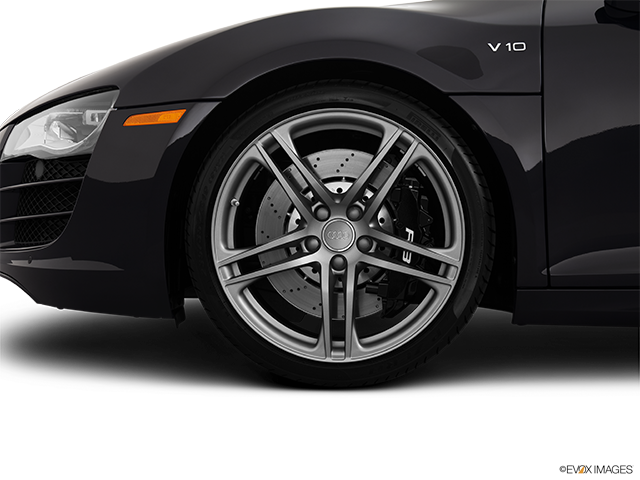 2012 Audi R8 Front Drivers side wheel at profile