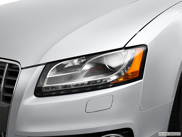 2012 Audi S5 Drivers Side Headlight