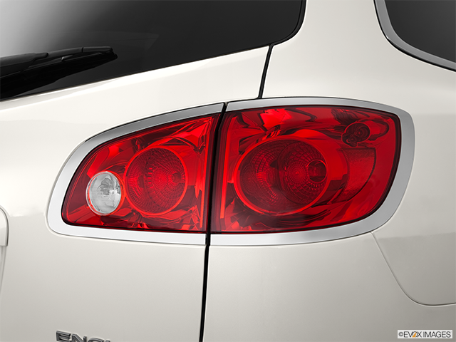 2012 Buick Enclave Passenger Side Taillight