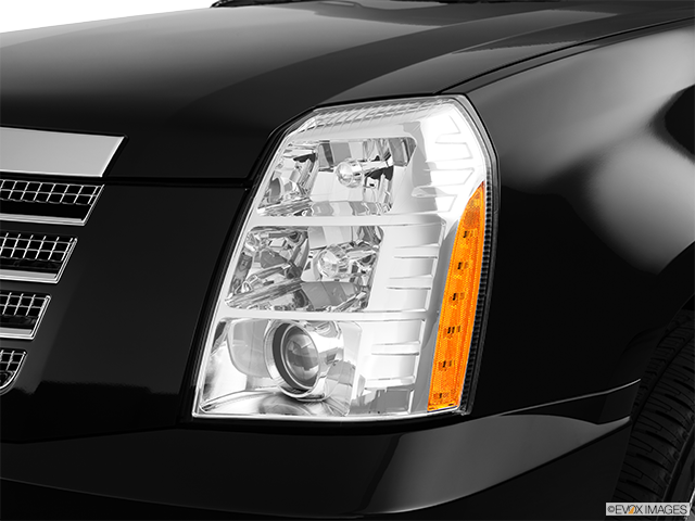 2012 Cadillac Escalade EXT Drivers Side Headlight