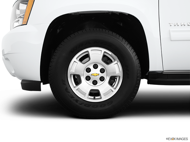 2012 Chevrolet Tahoe Front Drivers side wheel at profile