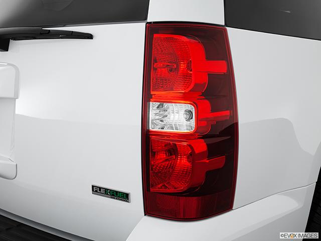 2012 Chevrolet Tahoe Passenger Side Taillight