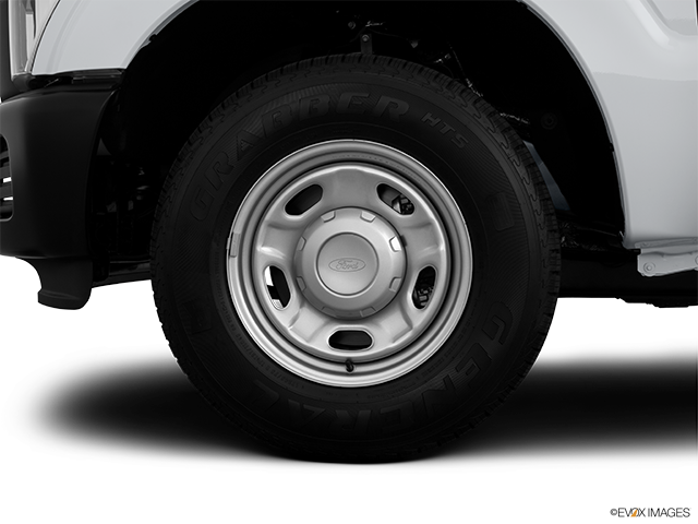 2012 Ford F-250 Super Duty Front Drivers side wheel at profile