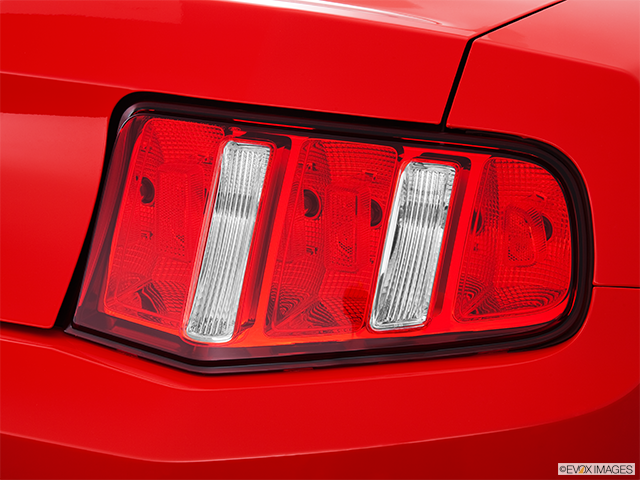 2012 Ford Mustang Passenger Side Taillight