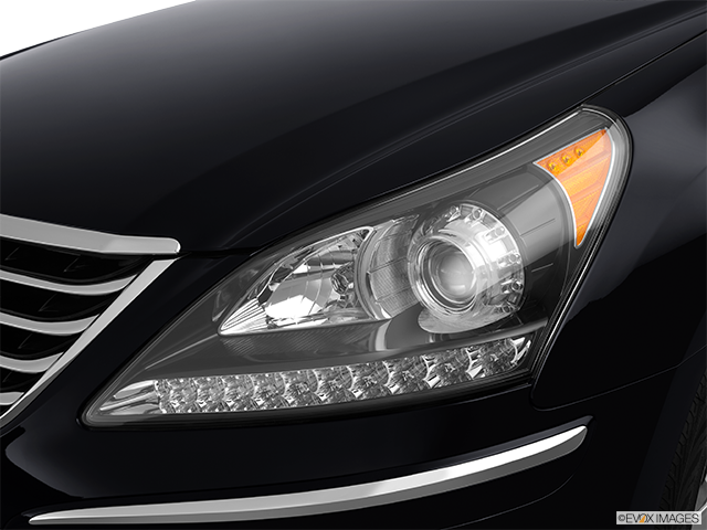 2012 Hyundai Equus Drivers Side Headlight
