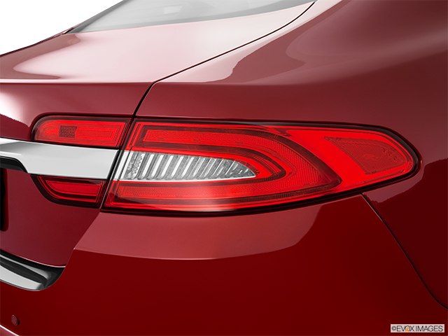 2012 Jaguar XF Passenger Side Taillight
