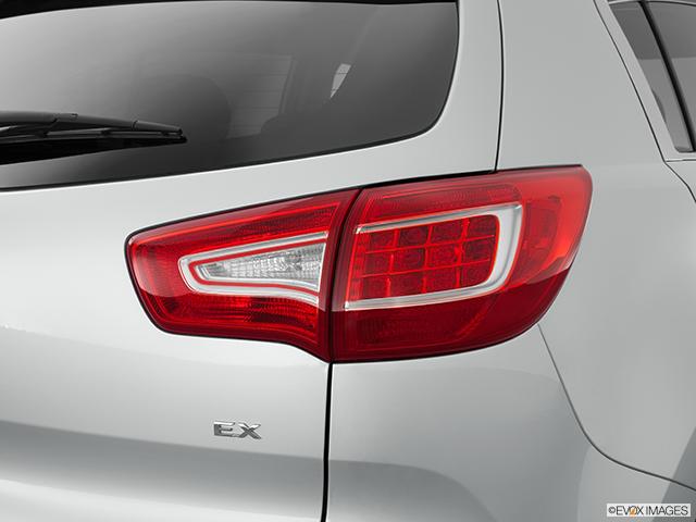 2012 Kia Sportage Passenger Side Taillight