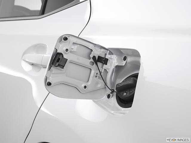2012 Lexus HS 250h Gas cap open