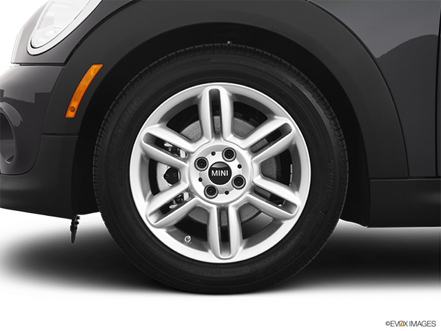 2012 MINI Cooper Roadster Front Drivers side wheel at profile
