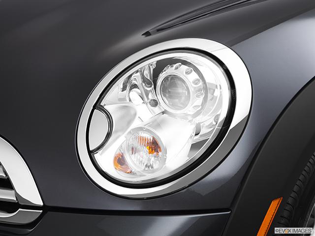 2012 MINI Cooper Roadster Drivers Side Headlight