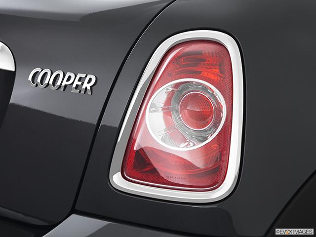 2012 MINI Cooper Roadster Passenger Side Taillight