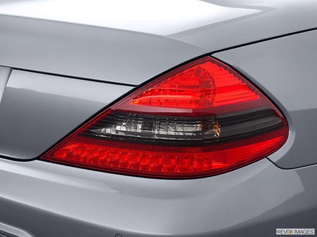 2012 Mercedes-Benz SL-Class Passenger Side Taillight