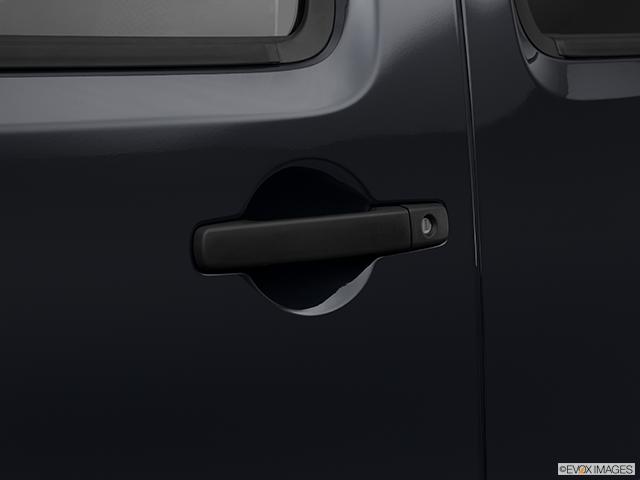 2012 Nissan Xterra Drivers Side Door handle