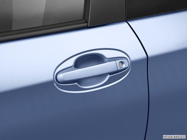 2012 Toyota Yaris Drivers Side Door handle