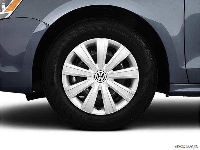 2012 Volkswagen Jetta Front Drivers side wheel at profile