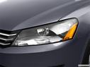 2012 Volkswagen Passat Drivers Side Headlight