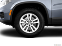 2012 Volkswagen Tiguan Front Drivers side wheel at profile