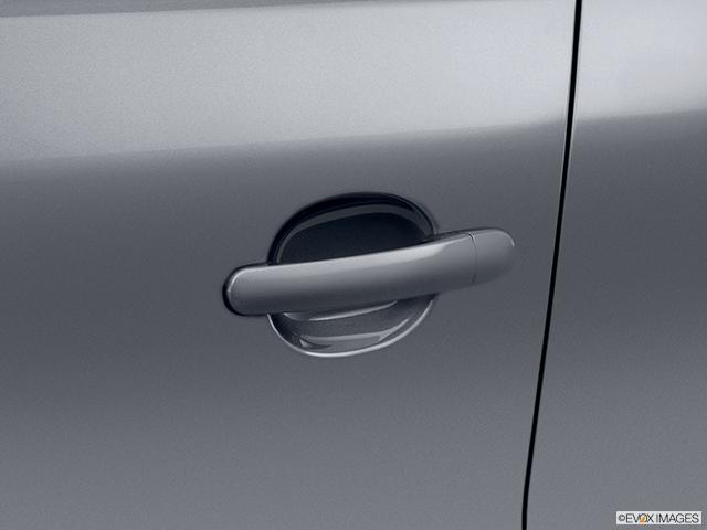 2012 Volkswagen Tiguan Drivers Side Door handle