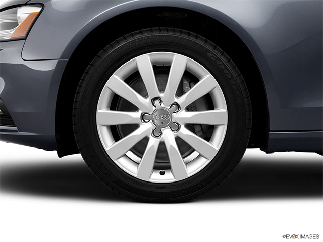 2013 Audi A4 Front Drivers side wheel at profile