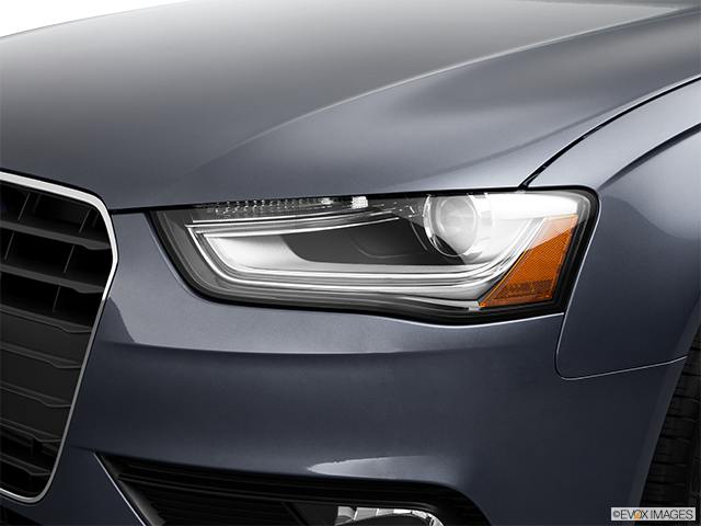 2013 Audi A4 Drivers Side Headlight