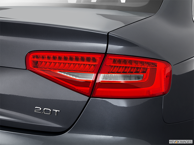 2013 Audi A4 Passenger Side Taillight