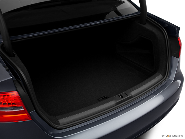 2013 Audi A4 Trunk open