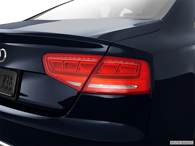 2013 Audi A8 Passenger Side Taillight