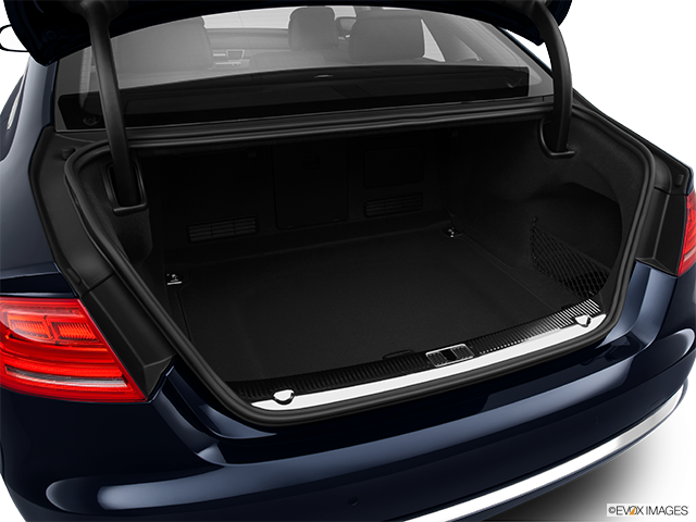 2013 Audi A8 Trunk open