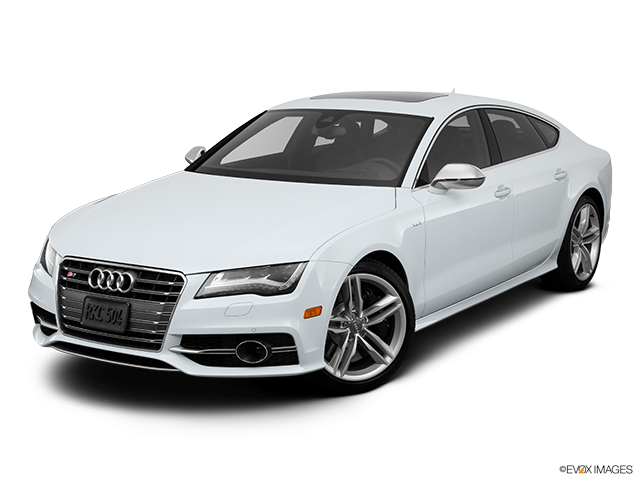 2013 Audi S7 Front angle view