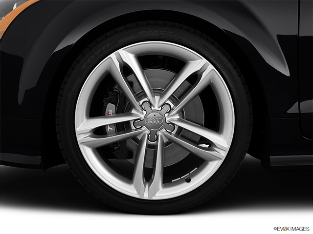 2013 Audi TTS Front Drivers side wheel at profile
