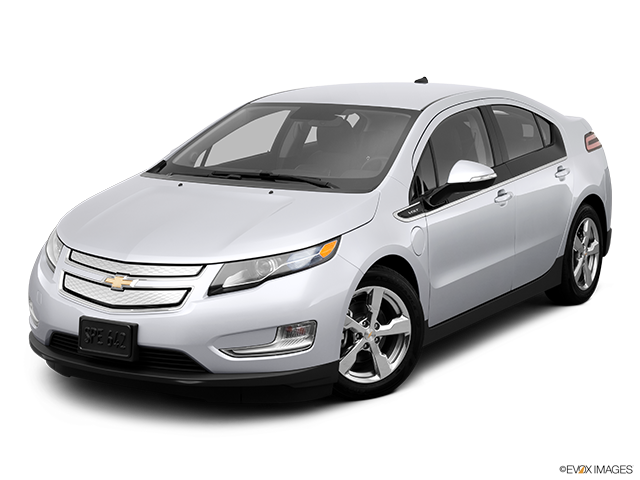 2013 Chevrolet Volt Front angle view