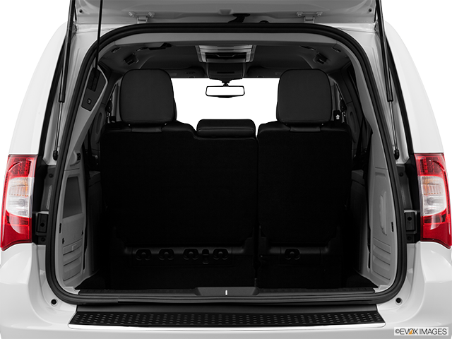 2013 Chrysler Town and Country Trunk open