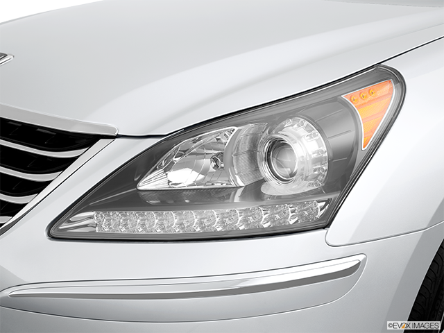 2013 Hyundai Equus Drivers Side Headlight