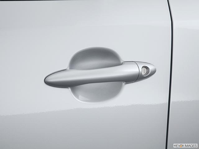 2013 Kia Sportage Drivers Side Door handle