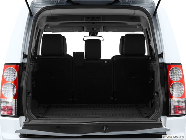2013 Land Rover LR4 Trunk open