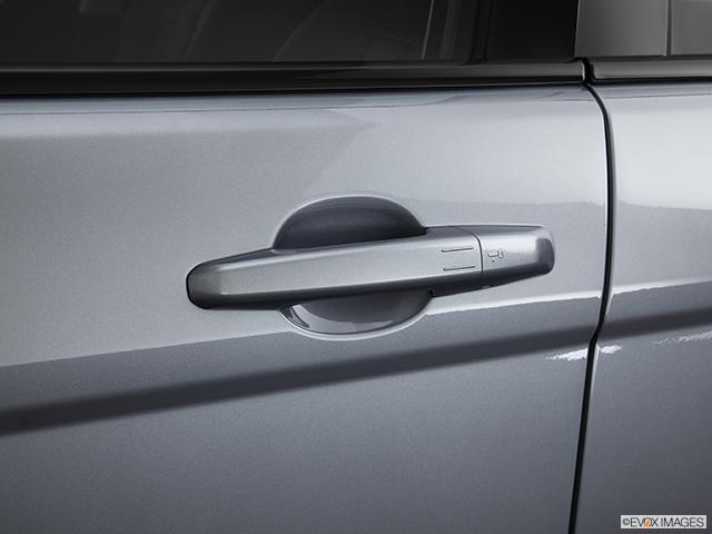 2013 Land Rover Range Rover Evoque Drivers Side Door handle