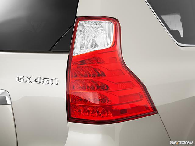 2013 Lexus GX 460 Passenger Side Taillight