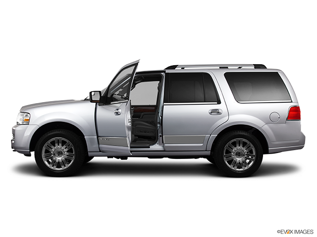 2013 Lincoln Navigator Driver's side profile with drivers side door open
