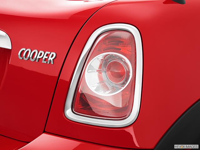2013 MINI Roadster Passenger Side Taillight