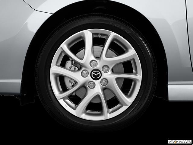 2013 Mazda Mazda5 Front Drivers side wheel at profile