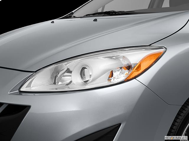 2013 Mazda Mazda5 Drivers Side Headlight