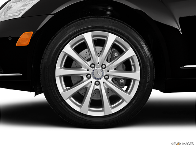 2013 Mercedes-Benz S-Class Front Drivers side wheel at profile