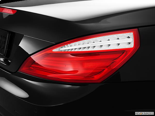 2013 Mercedes-Benz SL-Class Passenger Side Taillight