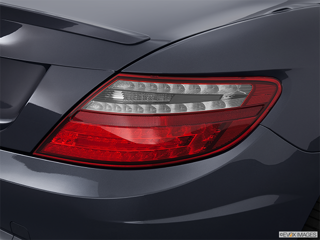 2013 Mercedes-Benz SLK Passenger Side Taillight